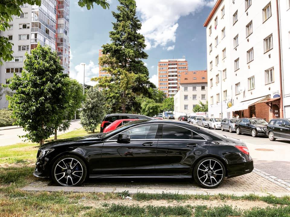Review Mercedes CLS 2015 350 CDI BlueEFFICIENCY 4Matic