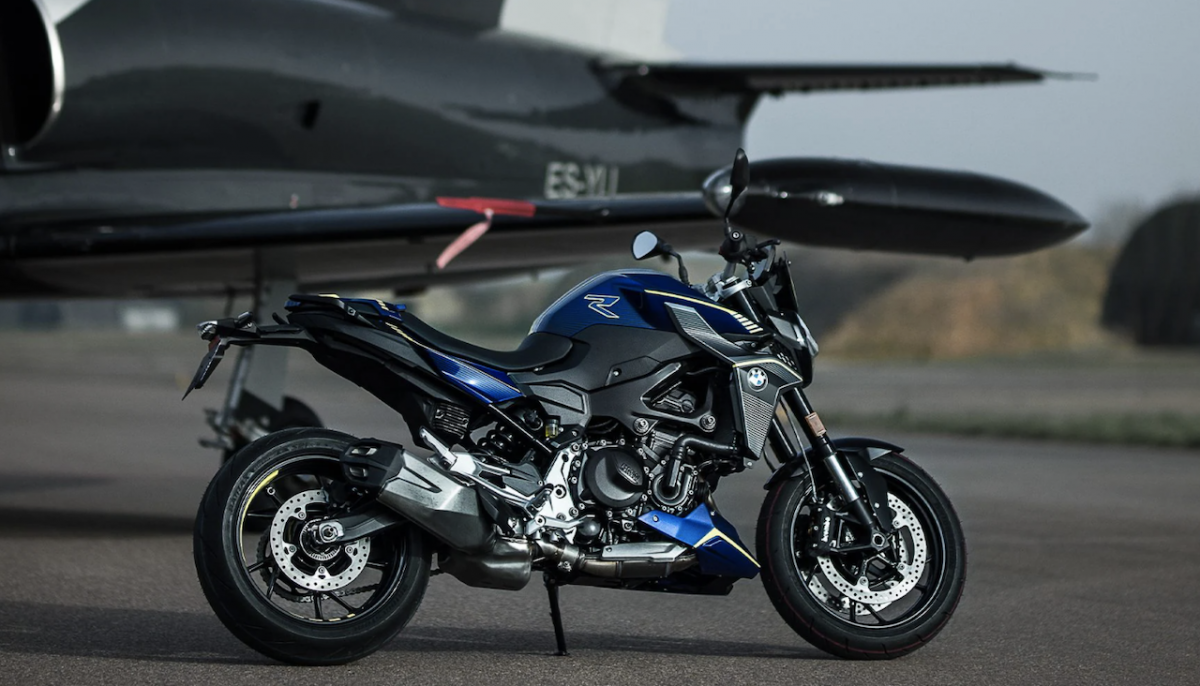 BMW-F900R-Force-Edition-France-Special-Limited-Edition-3.png