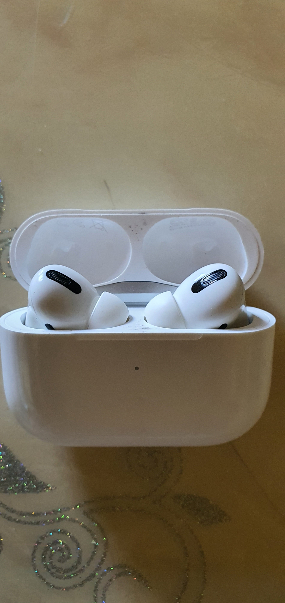 Review Review Tai nghe Airpods Pro
