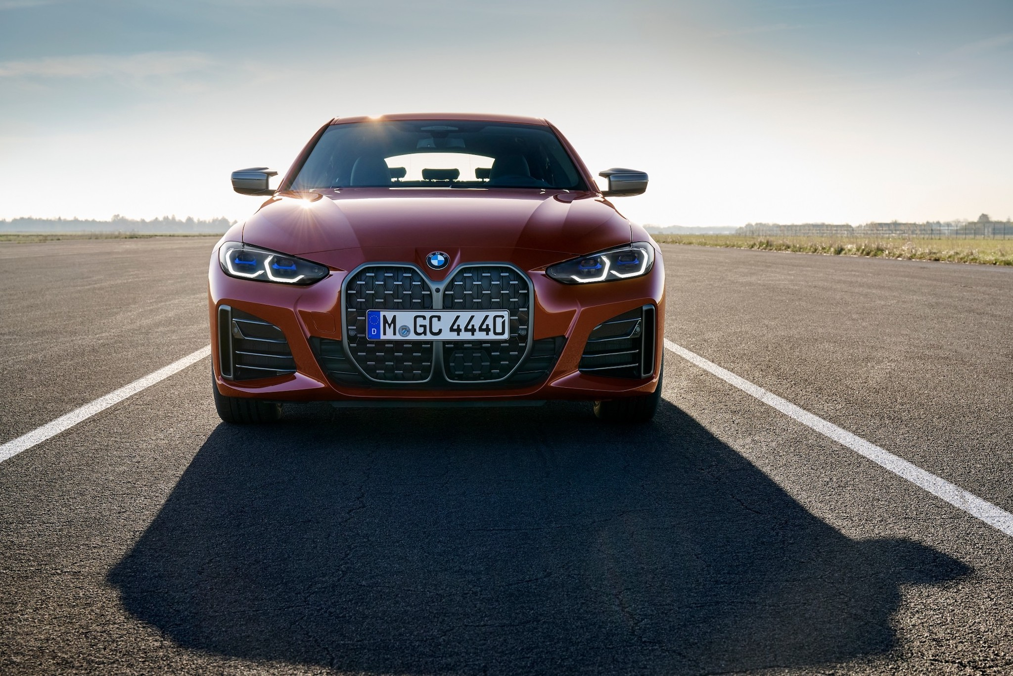 P90424654_lowRes_the-all-new-bmw-m440.jpg